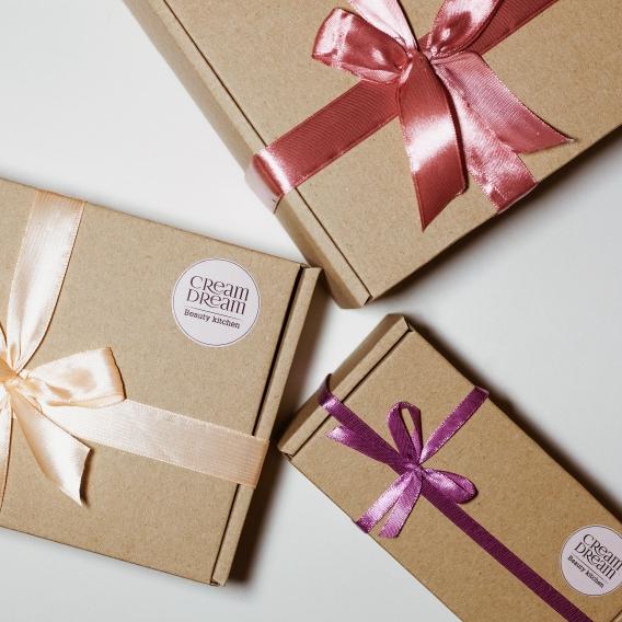 977ecd18c095 Что подарить девушке на 8 марта: лучшие идеи подарка девушке на 8 марта