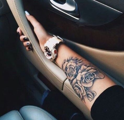 Татуировки на руке: креативные идеи аккуратных тату на запястье, плече и предплечье - Красота