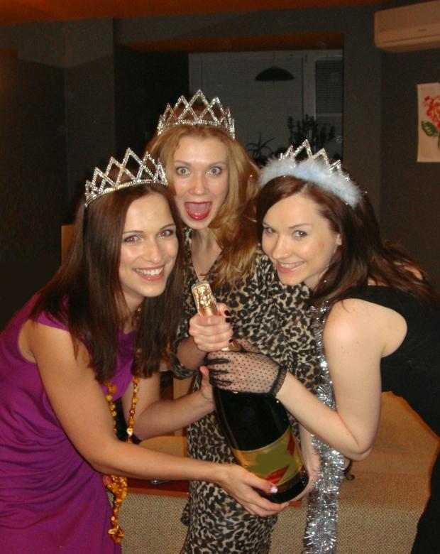 Как встретишь Новый Год - так его и проведешь. Наш 2012 будет лучшим!
