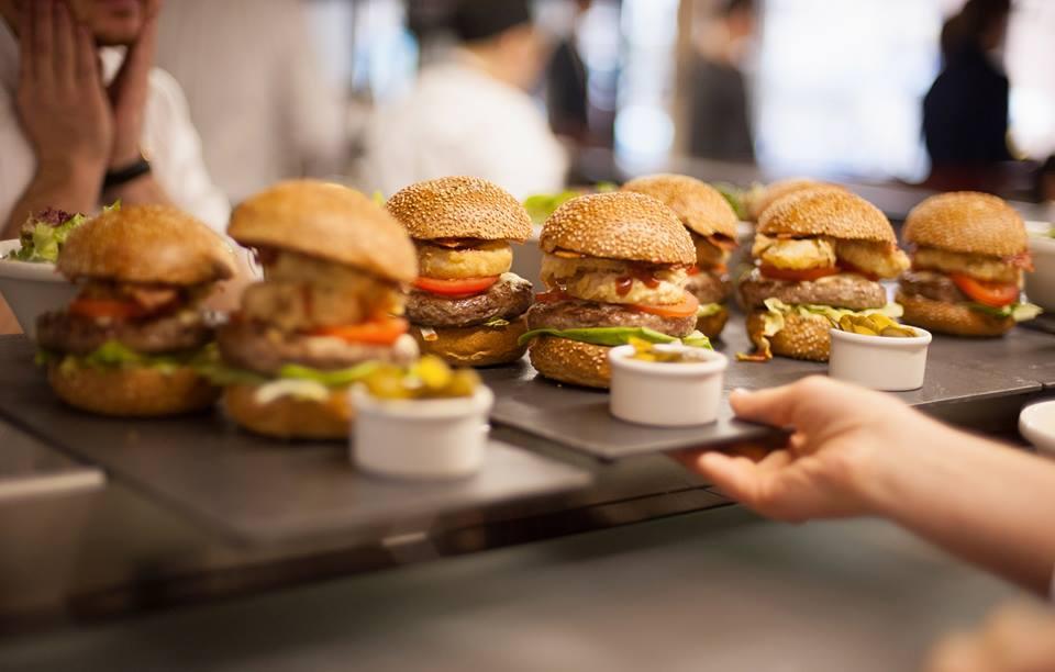 Пять мест в Киеве, где делают лучшие бургеры - фото №5