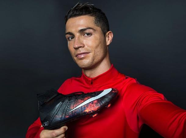 Криштиану Роналду подписал пожизненный контракт с известным спортивным брендом - фото №2