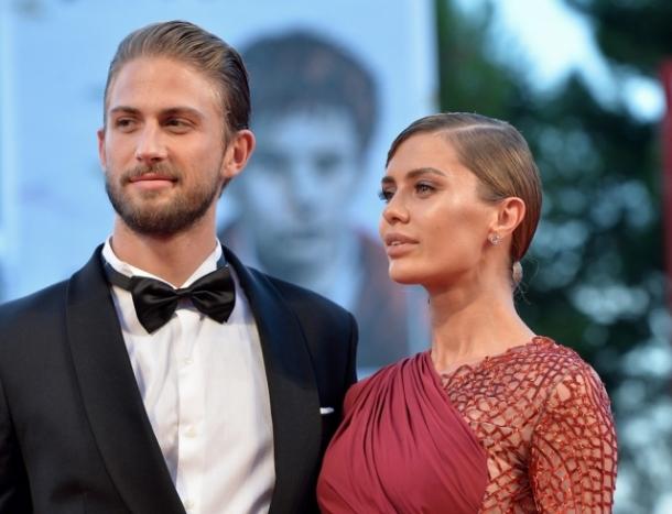 Виктория Боня прокомментировала слухи о расставании с мужем - фото №1