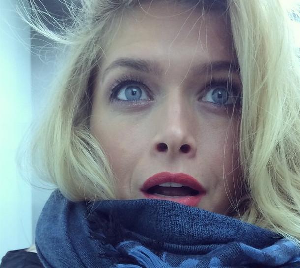 Вдохновение из Instagram: прически и макияж знаменитостей - фото №3
