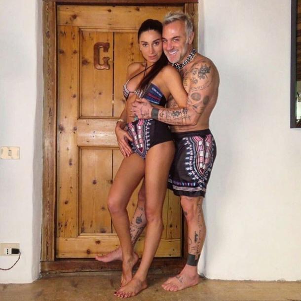 В бассейн на велосипеде: миллионер Джанлука Вакки удивил новым экстремальным танцем (ВИДЕО) - фото №1