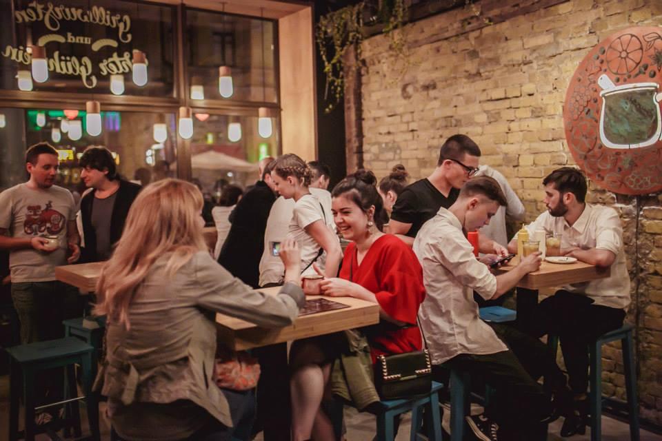 Коктейль после работы: обзор новых баров Киева - фото №8