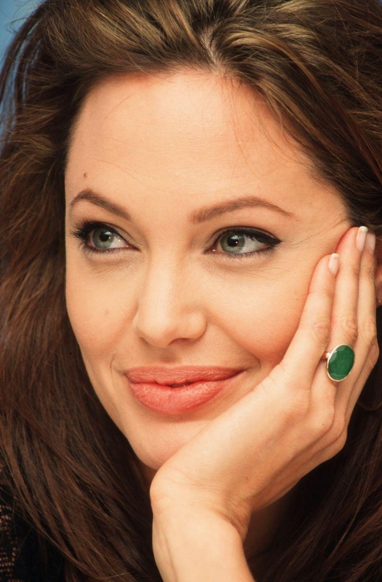 Чего хочет Анджелина Джоли - фото №5