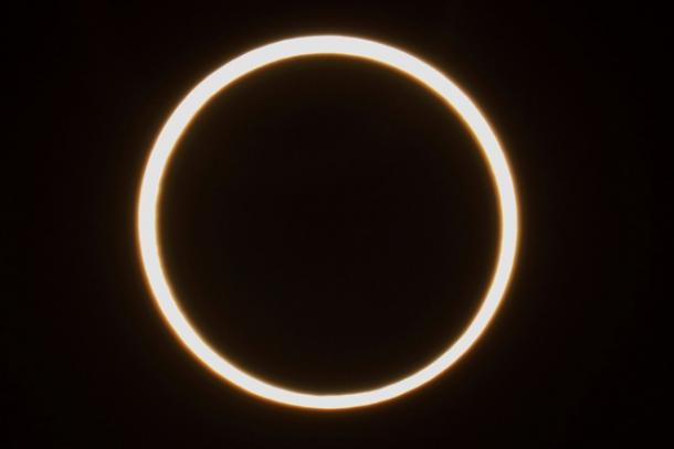 Когда смотреть кольцеобразное солнечное затмение в 2017 году: уникальное явление в ночь на 27 февраля - фото №1