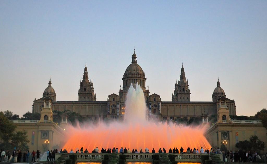 Топ 5 мест, которые стоит посетить в Барселоне - фото №3