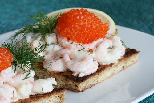 Бутерброды к новогоднему столу: топ 10 вариантов - фото №8