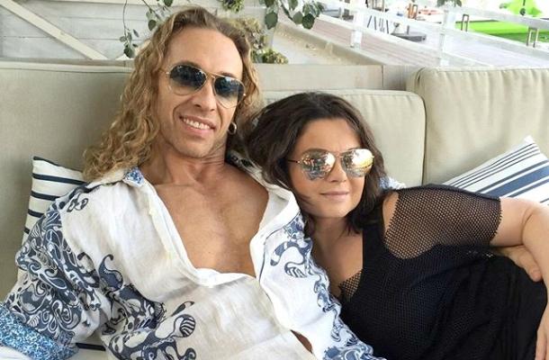 Стриптизер Тарзан намекнул на пополнение в семействе - фото №2