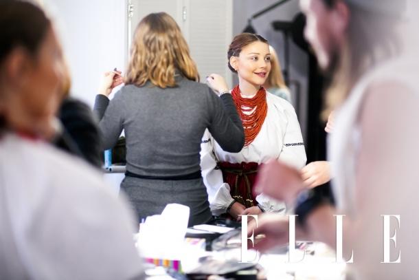 Тина Кароль примерила старинный украинский свадебный наряд (ФОТО) - фото №1