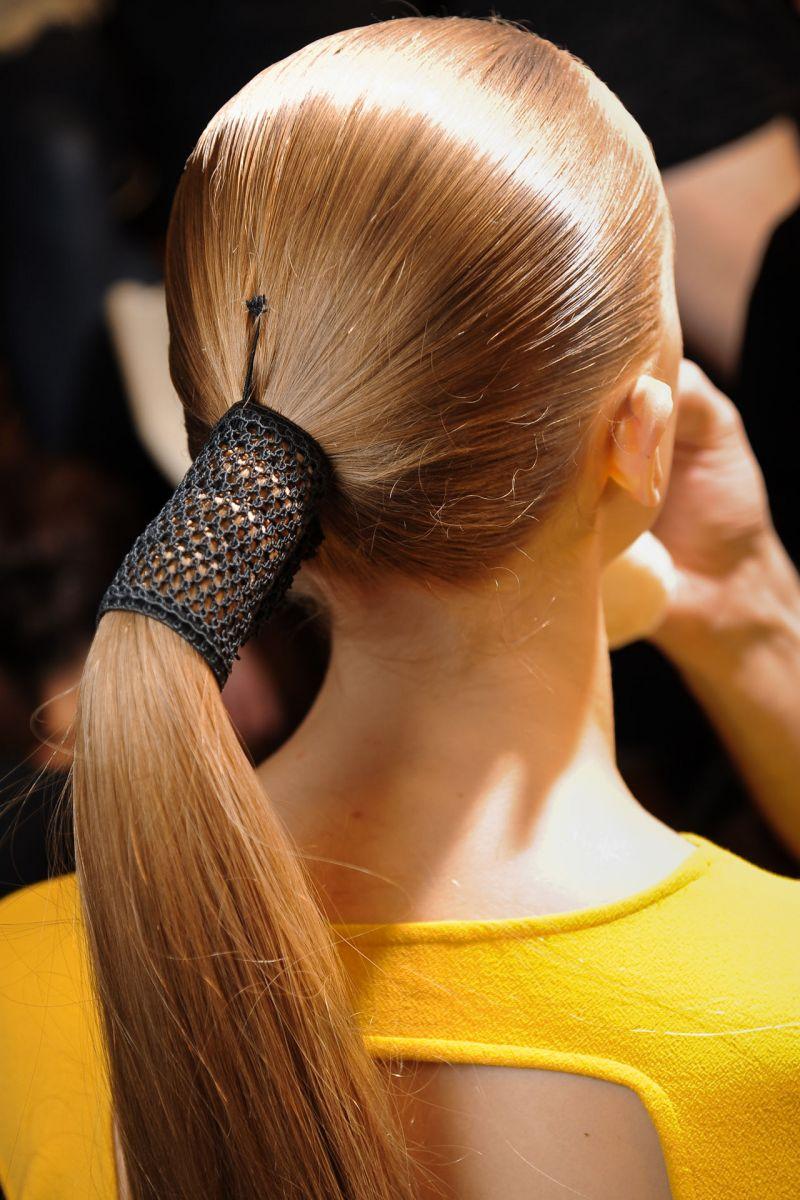 Тренд: укладка с эффектом мокрых волос - фото №3