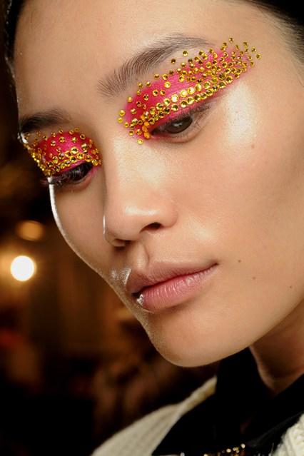 Топ 5 ведущих визажистов на Неделях моды - фото №12