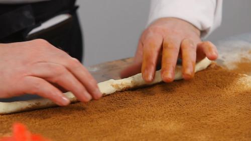 Рецепт пирога с корицей. Видео - фото №3