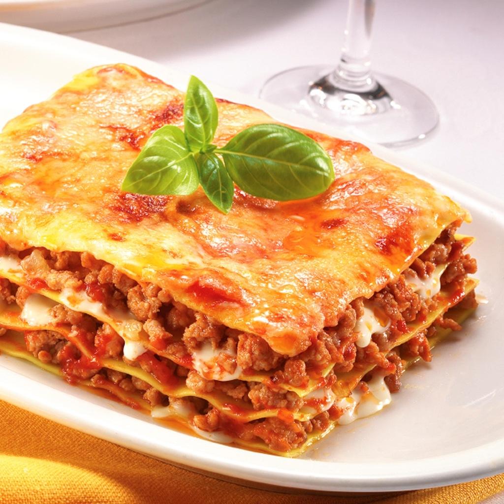 Лазанья: пять рецептов приготовления - фото №1