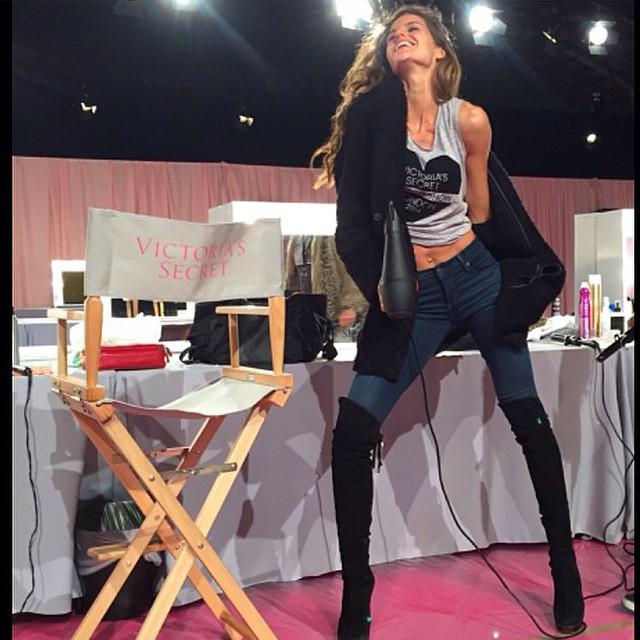 Как модели Victoria's Secret готовятся к шоу - фото №2