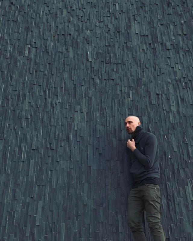 Лысый Дима Билан устроил фотосессию в новом образе (ФОТО) - фото №1