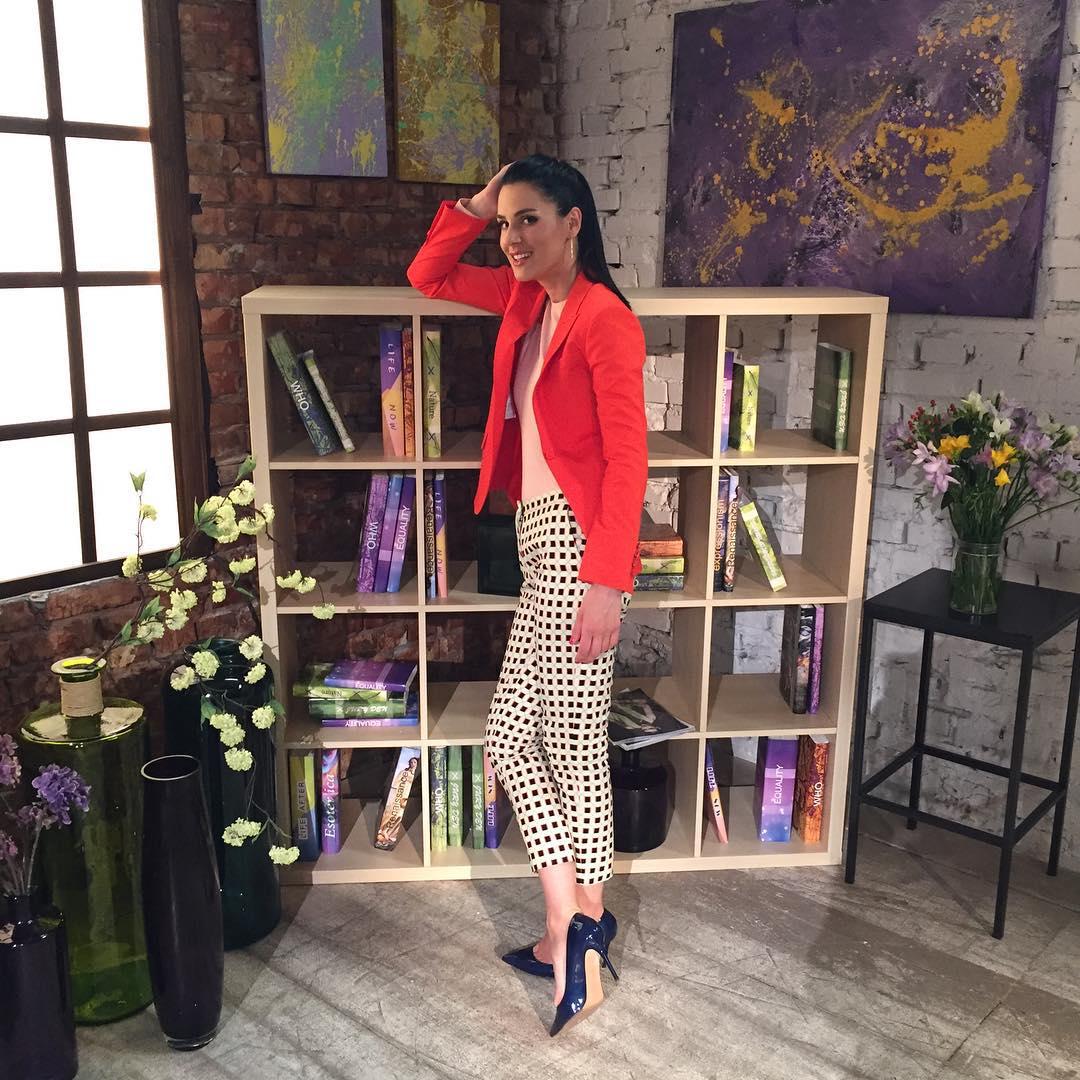 Почему Маша Ефросинина готовится к каждому интервью три недели: секреты ведущей - фото №2