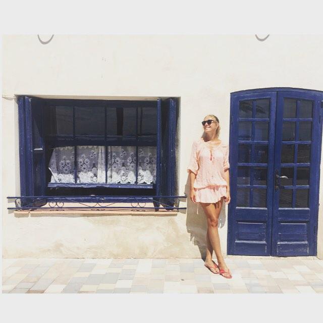 Как отдыхают звезды: Катя Осадчая проводит отпуск с повзрослевшим сыном в Испании - фото №4
