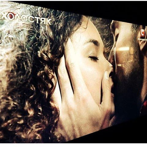 Первый поцелуй на шоу Холостяк 6: участница желает каждому пережить такой момент - фото №3