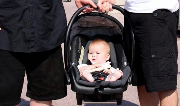 Элтон Джон опроверг слухи о рождении второго малыша - фото №1