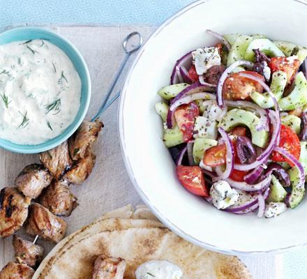 Средиземноморская кухня: рецепты салатов - фото №2