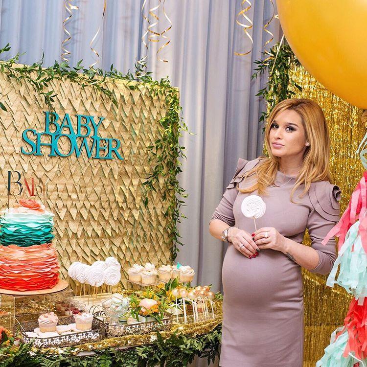 Беременность года: Ксения Бородина, которую все торопят родить - фото №5