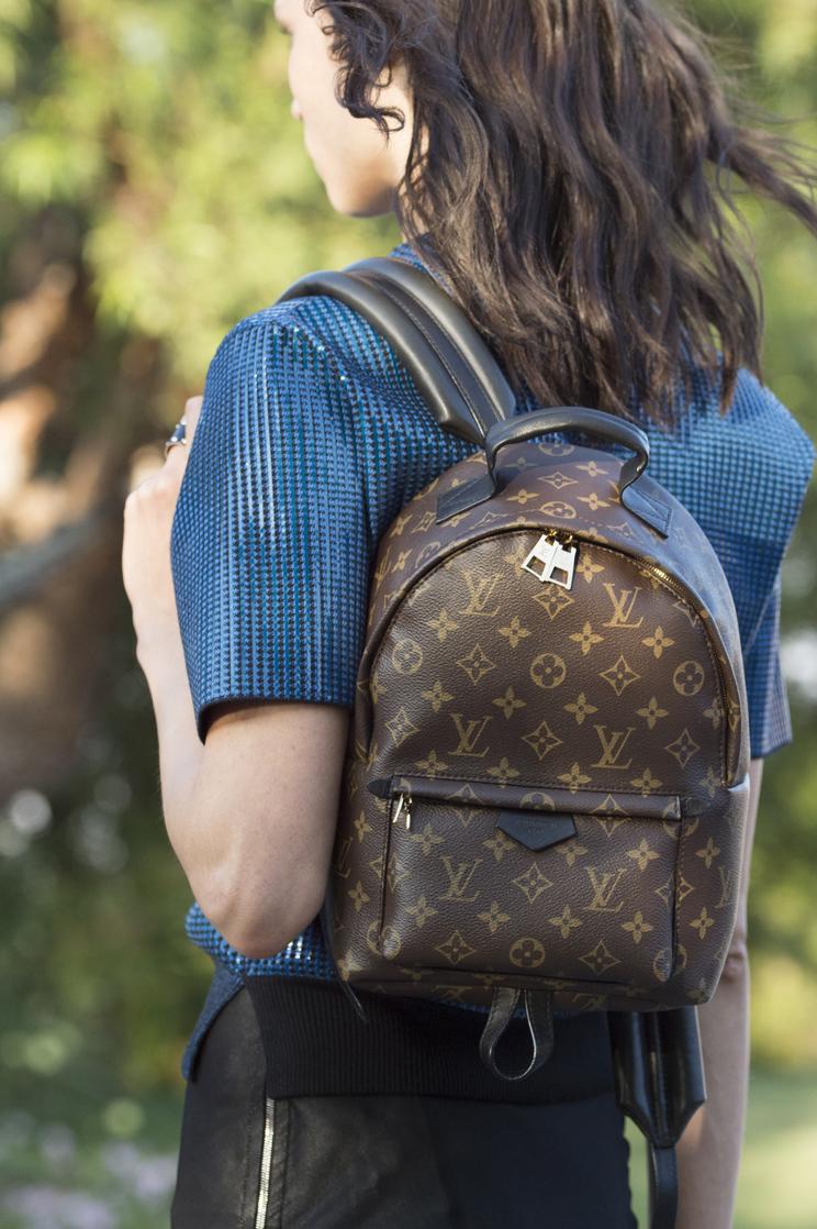 Детали и тренды: какие модные сумки, обувь и украшения выбрать