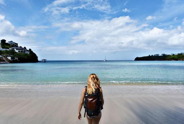 Как девушка в одиночку объездила весь мир: 27-летняя блогер отправилась в путешествие, чтобы посетить 196 стран - фото №2