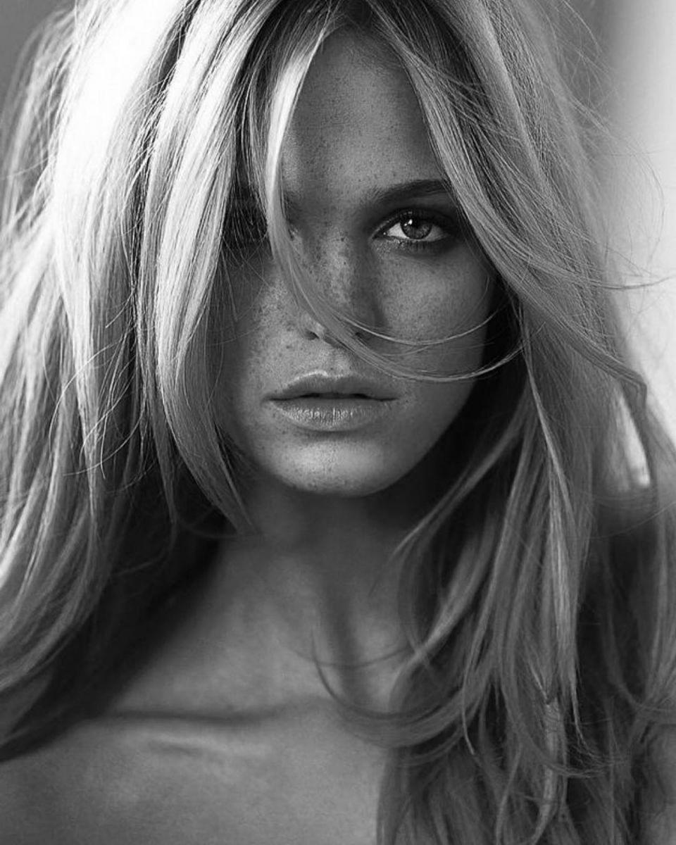 Скандал в рядах Victoria's Secret: экс-ангел призналась, что ее заставляли худеть - фото №6