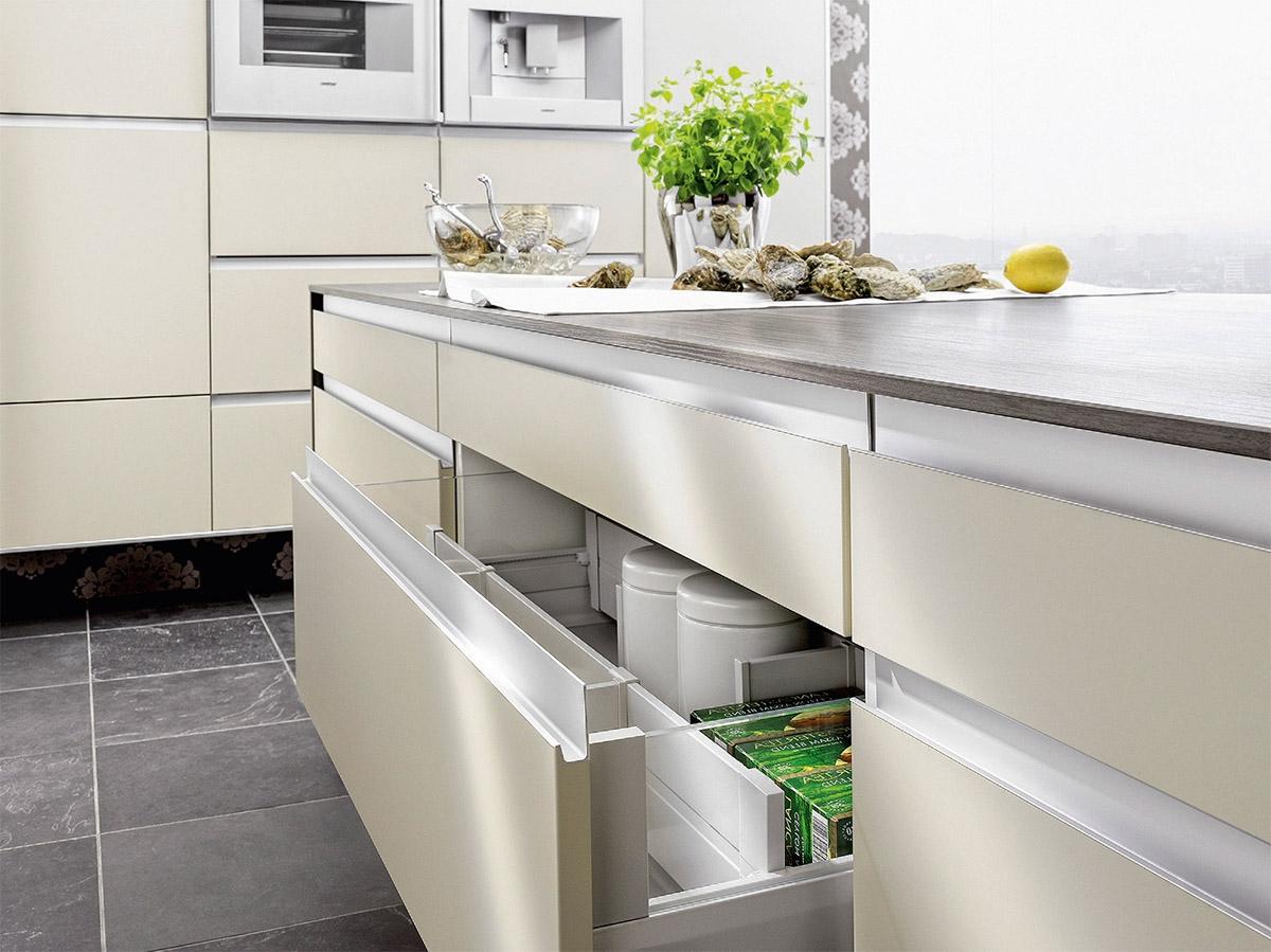 Маленькая кухня: как визуально увеличить пространство - фото №2