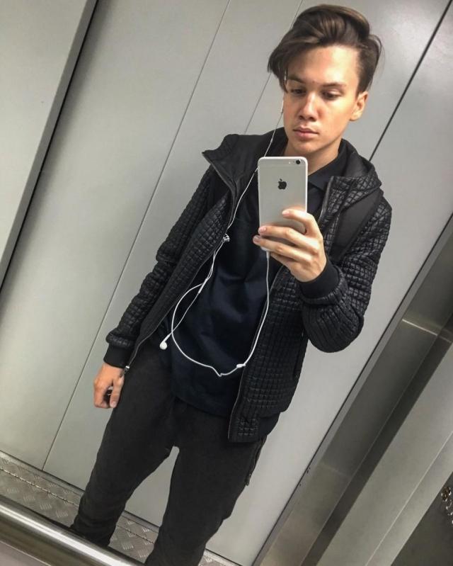 Сын Яны Рудковской подался в шоу-бизнес: 14-летний спортсмен записал песню с экс-солистом MBAND - фото №2