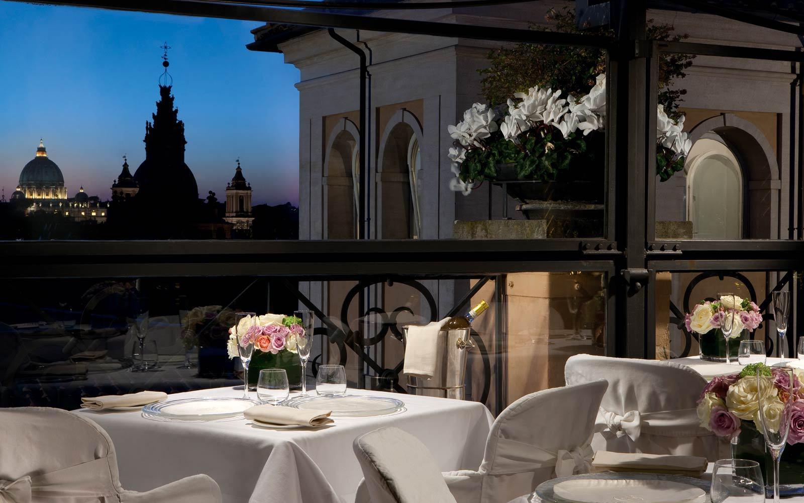 Лучшие отели мира: Grand Hotel de la Minerve - фото №1