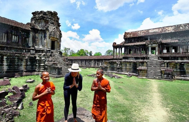 Как девушка в одиночку объездила весь мир: 27-летняя блогер отправилась в путешествие, чтобы посетить 196 стран - фото №3