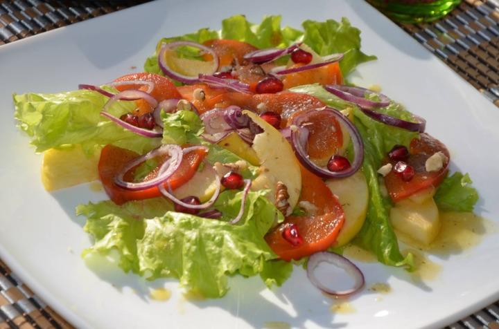Топ 5 салатов с хурмой - фото №4
