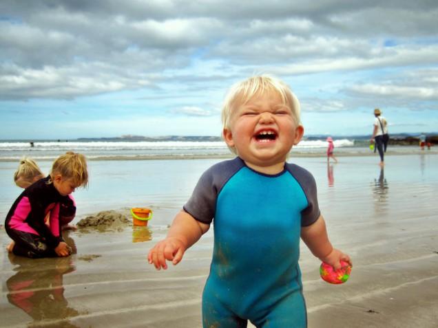 Поход с ребенком на пляж: что нужно знать - фото №1