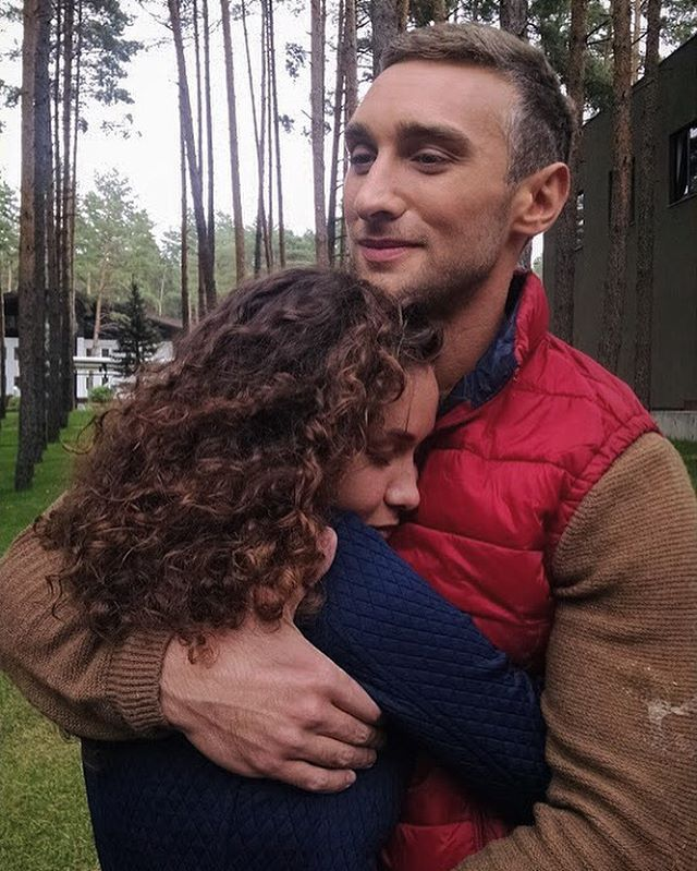 Первый поцелуй на шоу Холостяк 6: участница желает каждому пережить такой момент - фото №5