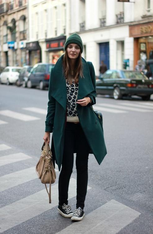 Тренд: изумрудно-зеленый цвет - как и с чем носить - фото №14