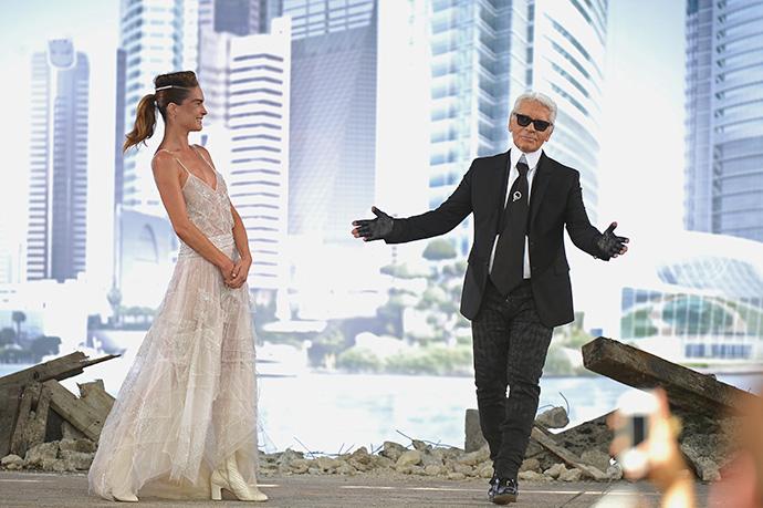 Неделя высокой моды в Париже: Chanel Couture FW 13/14 - фото №25