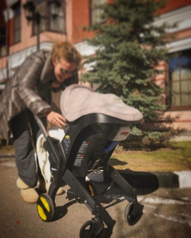 Максим Виторган откровенно рассказал о своих страхах из-за позднего отцовства - фото №1