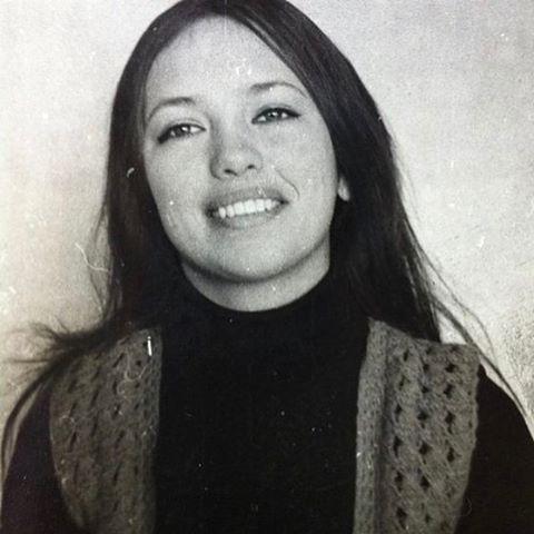 Виктория Боня опровергла пластические операции, показав ФОТО мамы и рассказав про азиатские корни - фото №1