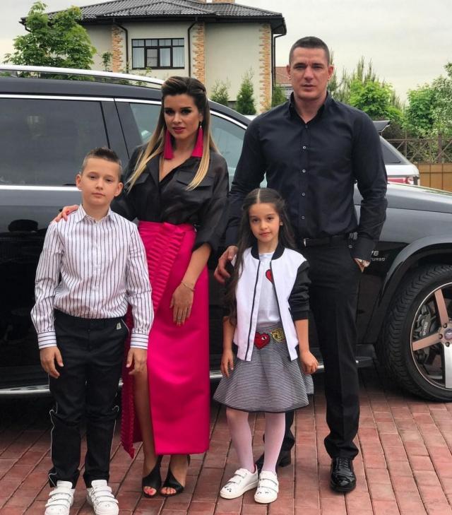 Ксения Бородина поздравила дочь Марусю с 8-летием, растрогав Instagram своими пожеланиями (ФОТО) - фото №2