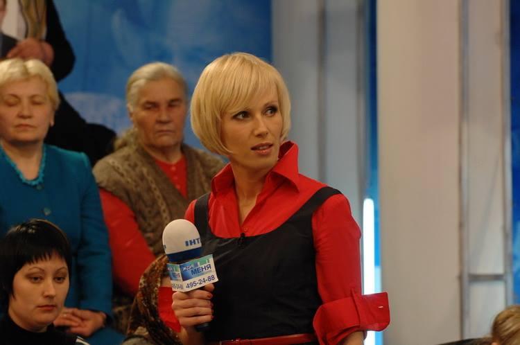 Телеведущая Жанна Тихонова: На программе Жди меня не сдерживают слез даже мужчины - фото №2