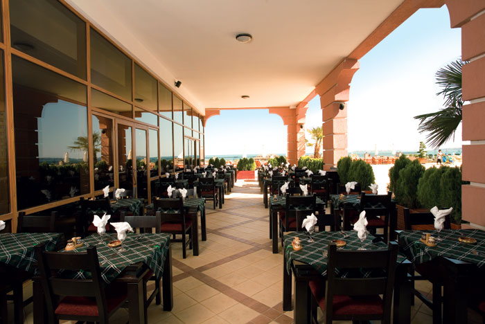 Лучшие отели мира: Majestic Hotel & Residence 4* - фото №8