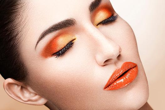 Как сохранить макияж на весь день - фото №2