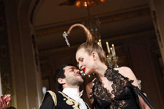 Неделя высокой моды в Париже: Alexis Mabille - фото №2