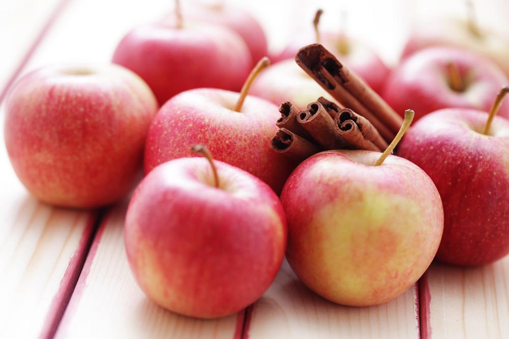 Яблочный Спас: интересные рецепты с яблоками, которые можно приготовить на праздник - фото №1