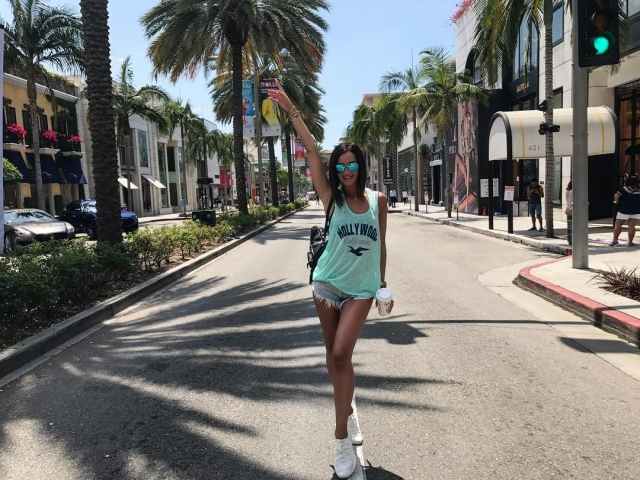 Ольга Бузова рассказала о желании позвонить бывшему, будучи на отдыхе в США - фото №1