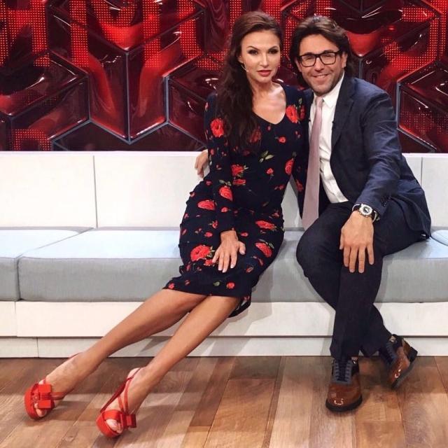 Эвелина Бледанс призналась Малахову, что стало причиной ее развода - фото №1