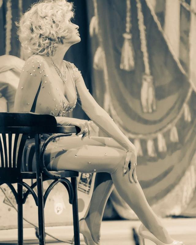 Эвелина Бледанс решила больше не выходить замуж после болезненного развода - фото №1